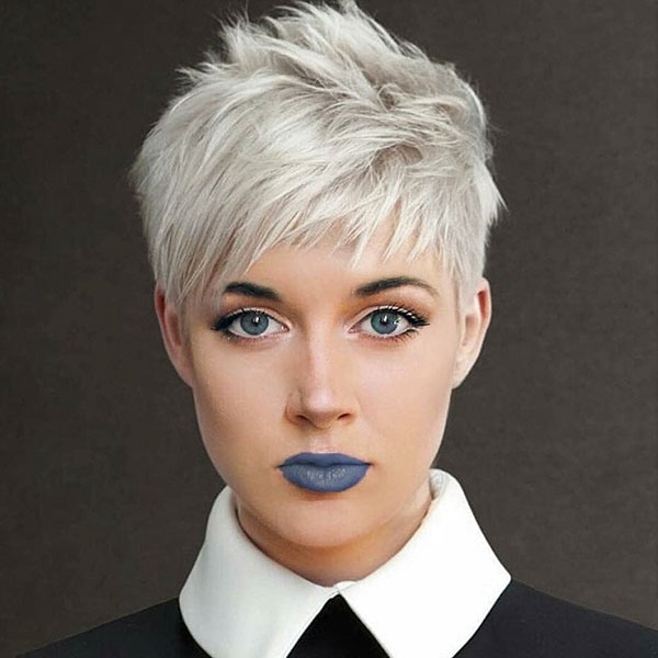 30 Short Blonde Hairstyles With Bangs That Ll Be Ideal For You Trendy Short Hairstyles And Haircut Ideas